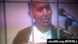 Лидер религиозной организации «Акрамия» Акрам Юлдашев в эфире государственного телевидения Узбекистана «признался» в организации протестов в Андижане в мае 2005 года.