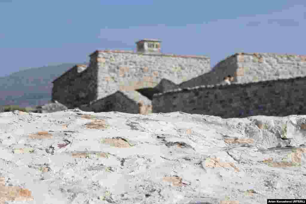 Cetatea medievală de la Prizren.