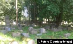 Старое еврейское кладбище в Каунасе