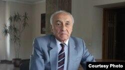Тендик Аскаров.