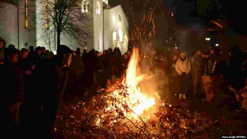Orthodox Christians mark Christmas festivities in Belgrade.