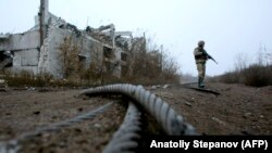 Prema informacijama ukrajinske vojske separatisti su pucali na vojni kamion sa protivtenkovskom minom
