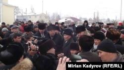 Акция протеста в Нарыне. 27 января 2016 года.