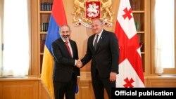 Հայաստանի վարչապետի հանդիպումը Վրաստանի նախագահի հետ, լուսանկարը՝ վարչապետի պաշտոնական կայքէջի