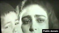 Azərbaycanın ilk filmlərindən olan «Sevil» filmindən bir kadr. 1929-cu il