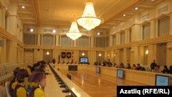 Удмуртиядә татарлар тарихына багышланган конференция. 2014 ел 29 апрель.