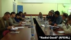 Нишасти хабарии Си Си Ю дар Душанбе, 15 декабри 2015