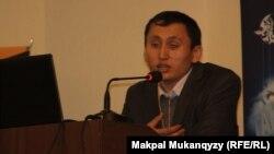 Kazakhsoft компаниясының өкілі Әди Тайыр. Шымкент, 23 наурыз, 2013 жыл