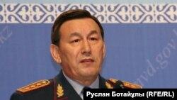Министр внутренних дел Казахстана Калмуханбет Касымов. Астана, 14 июня 2016 года.