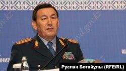 Қалмұханбет Қасымов, Қазақстан ішкі істер министрі. Астана, 14 мусым 2016 жыл.