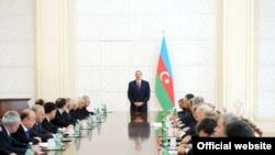 Ильхам Алиев на встрече с членами Кабмина Азербайджана