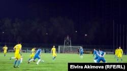Бішкектегі футбол матчы (Көрнекі сурет).