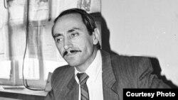 Оьрсийчоь -- Нохчийчоьнан хьалхара президент Дудаев ЖовхIар,1992 шо. Борко Дмитрийн сурт.