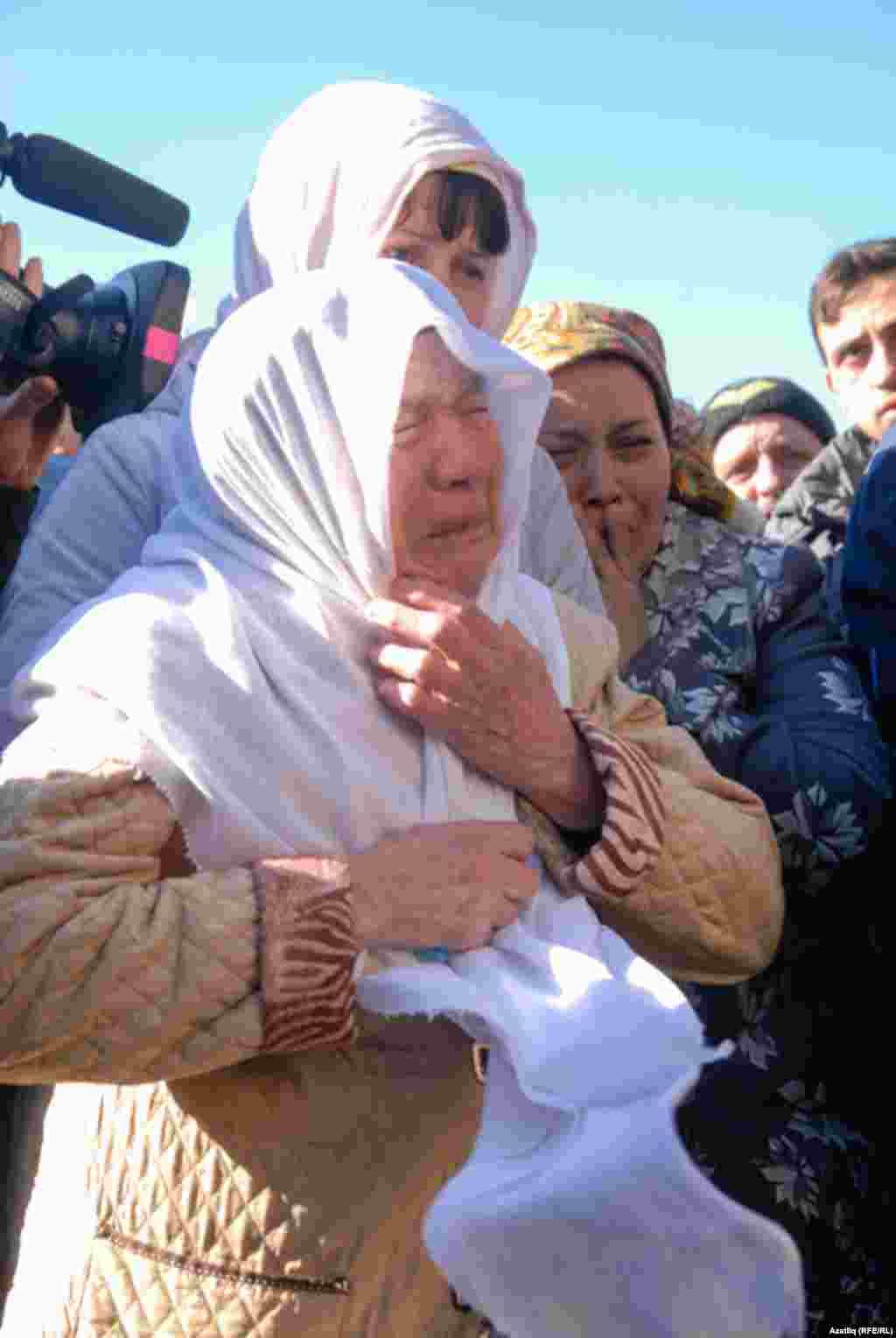 Reshat Ametov's mother Rafika