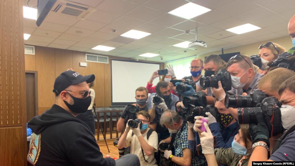 """Кирилл Серебренников перед оглашением приговора по делу """"Седьмой студии"""""""