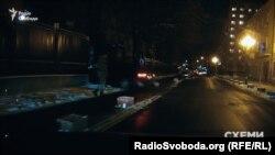 Автівка, якою користується Кононенко, заїжджає на територію ГПУ
