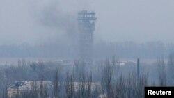 Диспетчерська вежа Донецького аеропорту, архівне фото