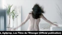 """Кадр из фильма """"Не прикасайся"""" румынского режиссера Адины Пинтилие, получившего премию Берлинского кинофестиваля."""