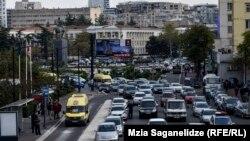 Что вызывает загрязнение воздуха в Грузии? Согласно отчету омбудсмена, лидирует в этом списке, ожидаемо, тема транспорта
