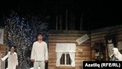 Спектакльдән бер күренеш