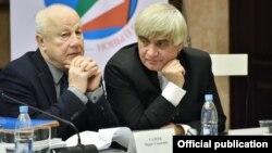 Рашид Калимуллин (справа)