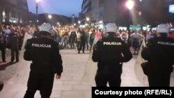 Demonstracije u jeku pandemije COVID-19, pred početak turističke sezone. Pljevlja, sjever Crne Gore, 13. maj 2020.