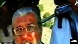 طارق عزيزالدين، سفير پاکستان در افغانستان در يک نوار ويديويی ظاهر شد. عکس از خبرگزاری (AFP)
