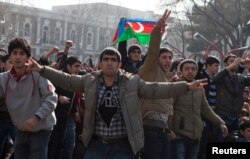 На акции протеста оппозиции. Баку, 10 марта 2013 года.