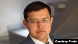 Олжас Құдайбергенов, Макроэкономикалық зерттеулер орталығының директоры.