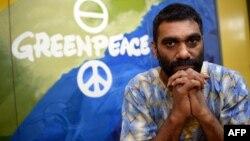 کومی نایدو (Kumi Naidoo)، مدیر اجرایی بینالمللی گروه صلح سبز.