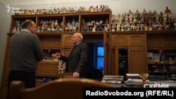 Василь Чернець очолює академію вже кілька десятків років і багато чого пам'ятає
