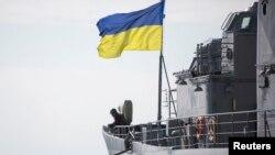 Украинские моряки в Севастополе