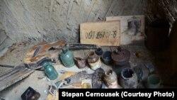 ერთ-ერთ ბანაკში შემორჩენილი პატიმართა ნივთები