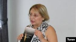 Sülh və Demokratiya İnstitutunın direktoru Leyla Yunus