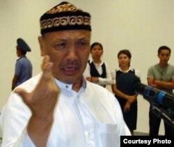 Оралман Абдубаки Кожаназар из Саудовской Аравии. Актау, 1 сентября 2010 года.