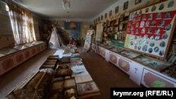 Экспозиция музея табака. Здесь хранят сведения о достижениях местного табакопроизводства