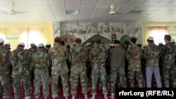 کماندوهای افغان هنگام ادای نماز