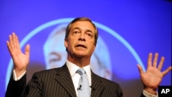 Nigel Farage addresses supporters during a Leave Means Leave rally in Solihull in September 2018.