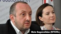 Георгий Маргвелашвили, подводя итоги своей работы на посту главы Минобразования, отметил, что доволен тем, как его команде удалось избежать возникновения хаоса в системе, и представил приемницу на должности министра Тамар Саникидзе