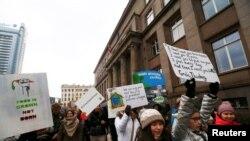 Активисты движения Fridays For Future в Латвии, архивное фото