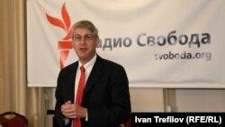 Президент корпорации Радио Свобода/Свободная Европа Том Кент. Фото Ивана Трефилова, видеорепортаж Никиты Татарского.