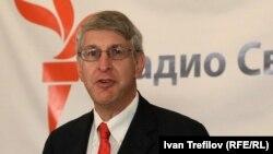 Президент корпорации Радио «Свободная Европа» / Радио «Свобода» Томас Кент.