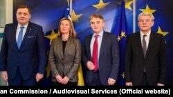 Članovi Predsjedništva BiH sa Federicom Mogherini, visokom predstavnicom EU za vanjsku politiku nakon susreta u Briselu 29. januara.