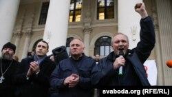 Павел Севярынец, Мікалай Статкевіч і Ўладзімер Някляеў на акцыі 8 верасьня
