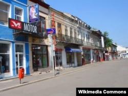 Улица в городе Бузау в Румынии.