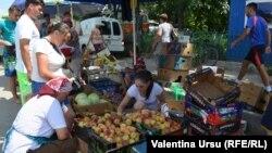Теленештский рынок, Молдова