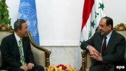 Iraq -- UN Secretary-General Ban Ki-moon (L) talks with Iraqi Prime Minister Nuri al-Maliki during their meeting in Baghdad, 22Mar2007