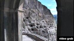 Вардзия – это памятник особого типа, и как культовое сооружение должен отойти на второй план