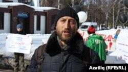 Рөстәм Мөлеков