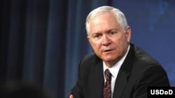 رابرت گيتس، وزير دفاع ايالات متحده آمريکا.
